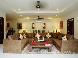 5 Bedrooms Villa for rent in Rawai, Phuket Tropez Villa