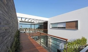 5 Habitaciones Casa en venta en Cerro Azul, Lima