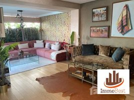 Grand Casablanca Bouskoura Jolie villa moderne à 3 façades, ensoleillée en vente à Dar Bouazza 3 CH 3 卧室 别墅 售