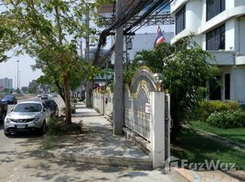 3 Bedrooms Property for rent in Nong Pa Khrang, Chiang Mai Stan Alone Building