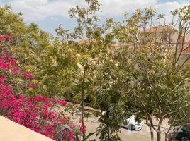5 غرف النوم تاون هاوس للإيجار في 6th District, القاهرة Greens