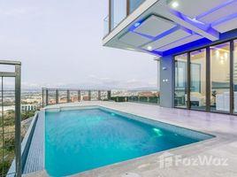 5 Habitaciones Casa en venta en , San José Guachipelin De Escazu, San Jose, Address available on request