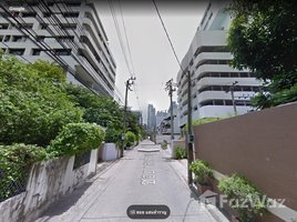 N/A Land for sale in Khlong Toei, Bangkok Building on 500 sq.wa. Land in Sukhumvit Soi 10