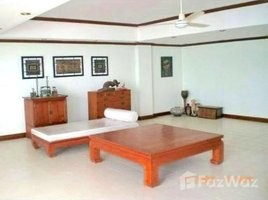 5 Bedrooms Townhouse for sale in Bang Lamung, Pattaya Rong-Po Beachfront Townhome