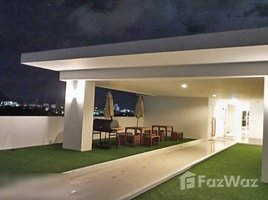 1 Bedroom Property for sale in Talat Nuea, Phuket The Wide Condo