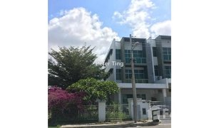 5 Bedrooms Townhouse for sale in Penampang, Sabah