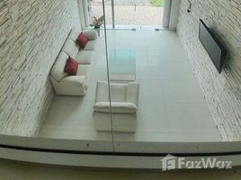 3 Bedrooms Property for sale in Bang Phra, Pattaya 3-Storey Townhouse in Si Racha for Sale