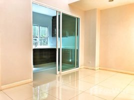 3 Bedrooms Townhouse for sale in Khlong Toei, Bangkok InHome Luxury Residence