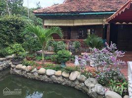 Studio House for sale in Binh Nham, Binh Duong Bán biệt thự 900m2 xây kiểu cố đô Huế, xài đồ gỗ 100%
