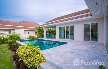 Red Mountain Woodlands Residences in Thap Tai, Hua Hin