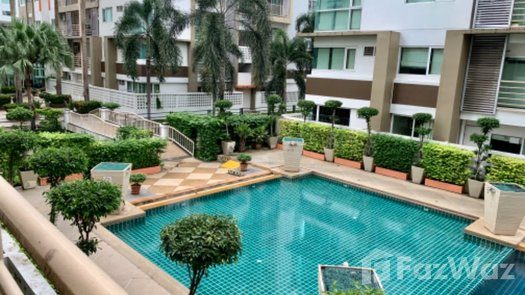 Photos 1 of the Communal Pool at Metro Park Sathorn Phase 1