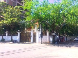 6 Bedrooms Villa for rent in Srah Chak, Phnom Penh Other-KH-86053