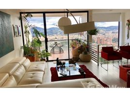3 Habitaciones Apartamento en venta en Cuenca, Azuay Architect's Personal Two-Story Condo with Spectacular Views