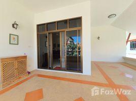 班武里府 网络 Beautifully Decorated House Walking Distance to The Beach 3 卧室 屋 售