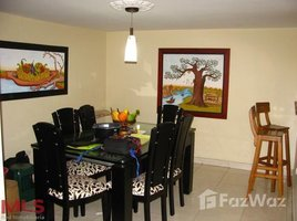 5 Habitaciones Casa en venta en , Antioquia AVENUE 53 # 16B 13, Medell�n - Bel�n Guayabal, Antioqu�a