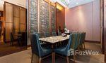 Espace de co-travail / Salle de réunion at Chewathai Residence Bang Pho