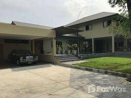 5 Bedrooms Property for rent in Khlong Tan Nuea, Bangkok Luxury Villa in Phrompong