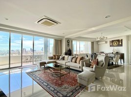 3 Bedrooms Condo for sale in Khlong Ton Sai, Bangkok Supakarn Condominium