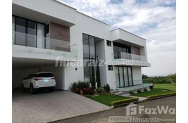 5 bedroom House for sale at in Valle Del Cauca, Colombia