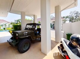 4 Bedrooms Property for sale in Thap Tai, Hua Hin Red Mountain Woodlands Residences