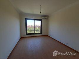 """3 غرف النوم شقة للإيجار في , الجيزة Apartment for rent in casa compound """"beverly hills"""