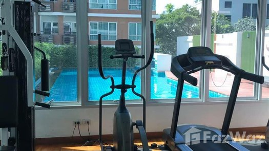 Photos 2 of the Communal Gym at Condo One Thonglor