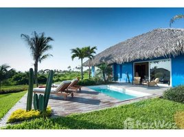 1 Habitación Casa en venta en Puerto De Cayo, Manabi NA-9 TANUSAS: 1 BR Villa for Sale on Pristine Beach with Resort and Spa, Boca de Cayo, Manabí