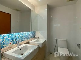 3 Bedrooms Condo for rent in Bang Chak, Bangkok Residence 52