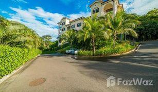 3 Habitaciones Apartamento en venta en , Guanacaste Pacífico C301: Newly Remodeled Condo Just Steps from the Beach!
