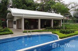 2 habitación Casa en venta en Santa Ana en San José, Costa Rica