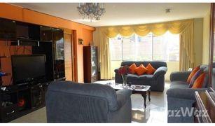 4 Habitaciones Casa en venta en Distrito de Lima, Lima