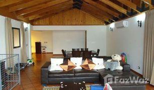 4 Bedrooms Property for sale in Santiago, Santiago