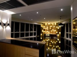 4 Bedrooms Condo for sale in Khlong Toei, Bangkok Millennium Residence