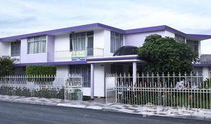 9 Habitaciones Casa en venta en El Tambo, Loja Loja