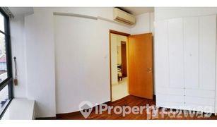3 Bedrooms Property for sale in Aljunied, Central Region Lorong 28 Geylang