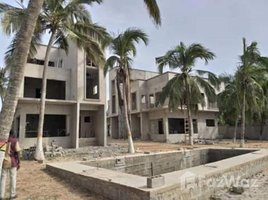 Central KOKROBITE, Accra, Greater Accra 3 卧室 联排别墅 售