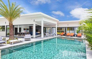 Brianna Luxuria Villas in Rawai, Phuket