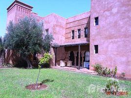 Marrakech Tensift Al Haouz Na Annakhil A louer une belle villa style riad entièrement meublée située dans une résidence sécurisée avec golf et piscine sur la route de Fès, Marrakech 3 卧室 别墅 租