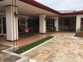 5 Habitaciones Casa en venta en , San José House for Sale in Laureles de Escazu with large green areas, pool and jacuzzi., Los Laureles, San José