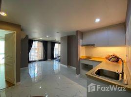 2 Bedrooms Condo for sale in Chong Nonsi, Bangkok Resorta Yen-Akat