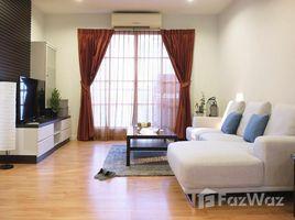 3 Bedrooms Condo for rent in Khlong Toei, Bangkok CitiSmart Condominium