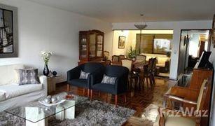 4 Habitaciones Adosado en venta en Santiago de Surco, Lima