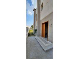 4 غرف النوم تاون هاوس للإيجار في Sheikh Zayed Compounds, الجيزة Atrio