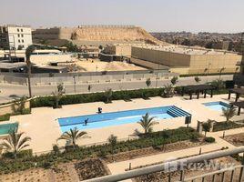 Cairo Pent House Duplex Fully Upgraded Finish in Sierras 3 卧室 顶层公寓 售