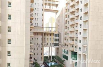 Oakwood Residency in Centrium Towers, Dubai