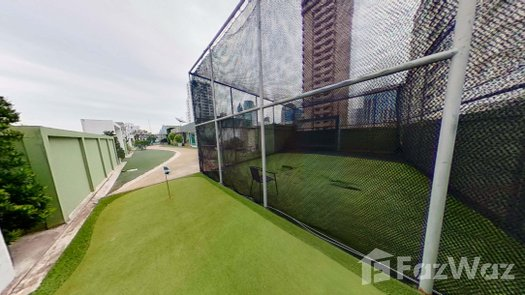 3D Walkthrough of the Outdoor Putting Green at Beverly 33
