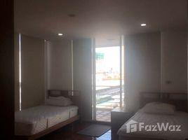3 Bedrooms Condo for sale in Khlong Toei Nuea, Bangkok The Peak Sukhumvit 15