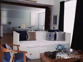 6 Bedrooms House for sale in Suan Luang, Bangkok 2 Houses in One Land Design for Elderly People