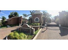 3 Habitaciones Adosado en venta en , San José Townhouse For Sale in Guachipelín, Guachipelín, San José