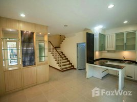 4 Bedrooms Townhouse for sale in Bang Phongphang, Bangkok Baan Klang Krung Grande Vienna Rama 3